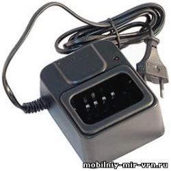 Настольное зарядное устройство Alinco EDC-64